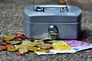 cashbox-1642989_640
